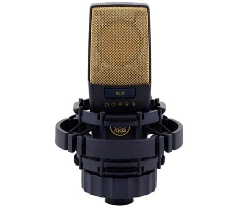 Migliori microfoni per cantare AKG C414 XLII